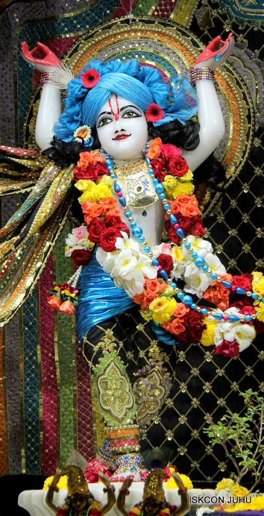 ISKCON Juhu Sringar Deity Darshan 09 Apr 16 (1)
