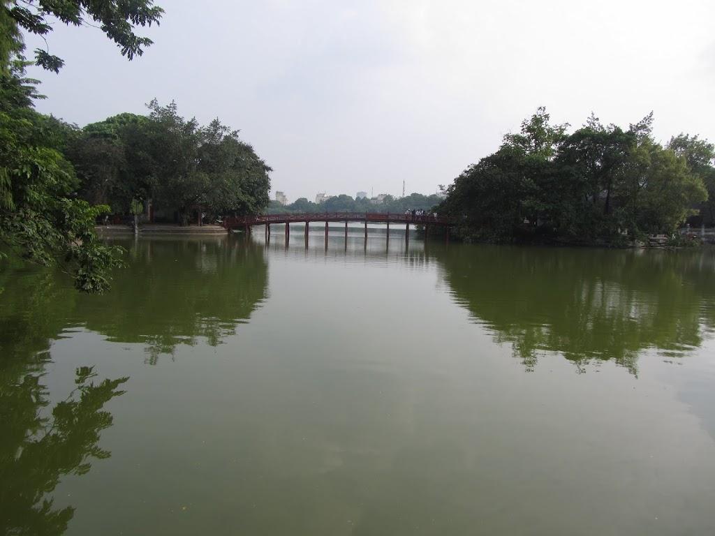 0120Hoan_Kiem_Lake