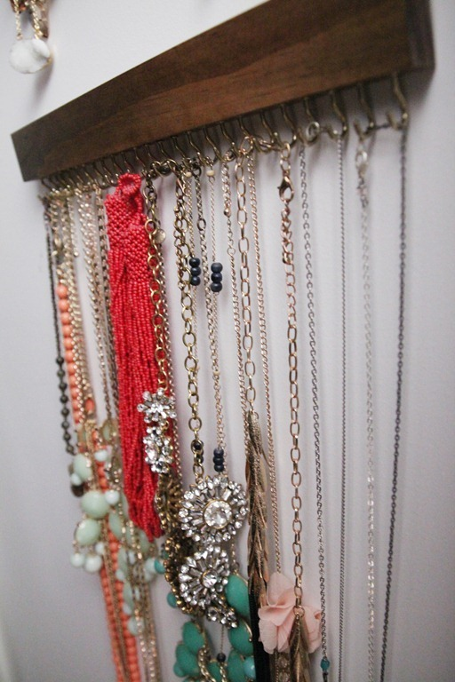 Closet-Jewelry-Holder-3_thumb