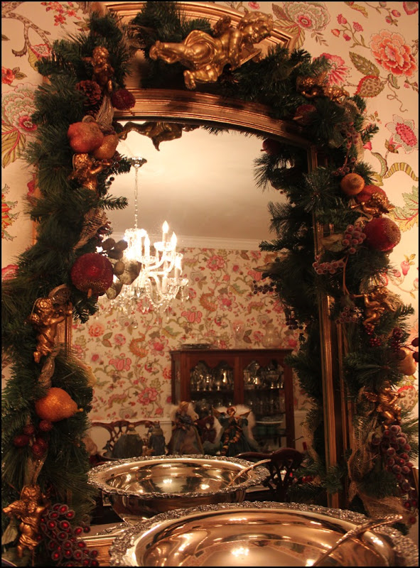 dining room mirror at Christmas