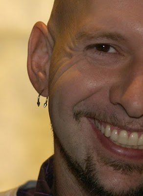 Neil Strauss Side, Neil Strauss