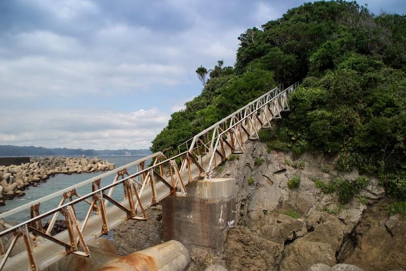 14:08 荒島への橋