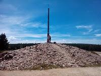 0728 Az út legmagasabb pontja, Cruz de Ferro.jpg