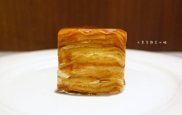 28 台南 深藍咖啡館 千層蛋糕