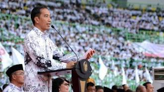 Di HGN Jokowi Sebut Nasib Honorer dan P3K