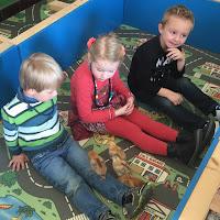 kuikentjes in de klas van de 4-jarigen