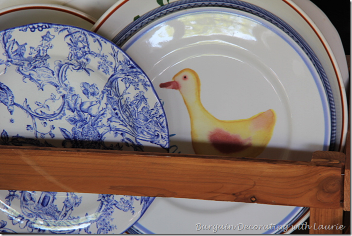 Duck on Plate used in Summer decor
