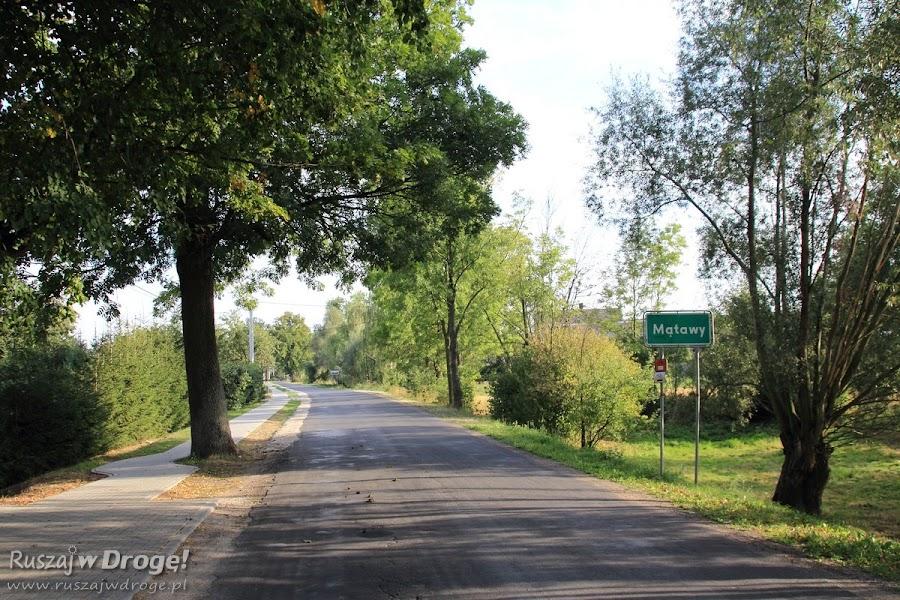 Droga do miejscowości Mątawy