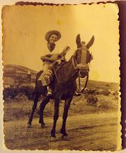 Photo: Joven sobre Macho (Fotografía enviada por Celedonio García)