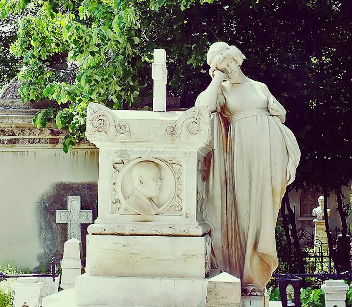 mormant femeie cimitir bellu