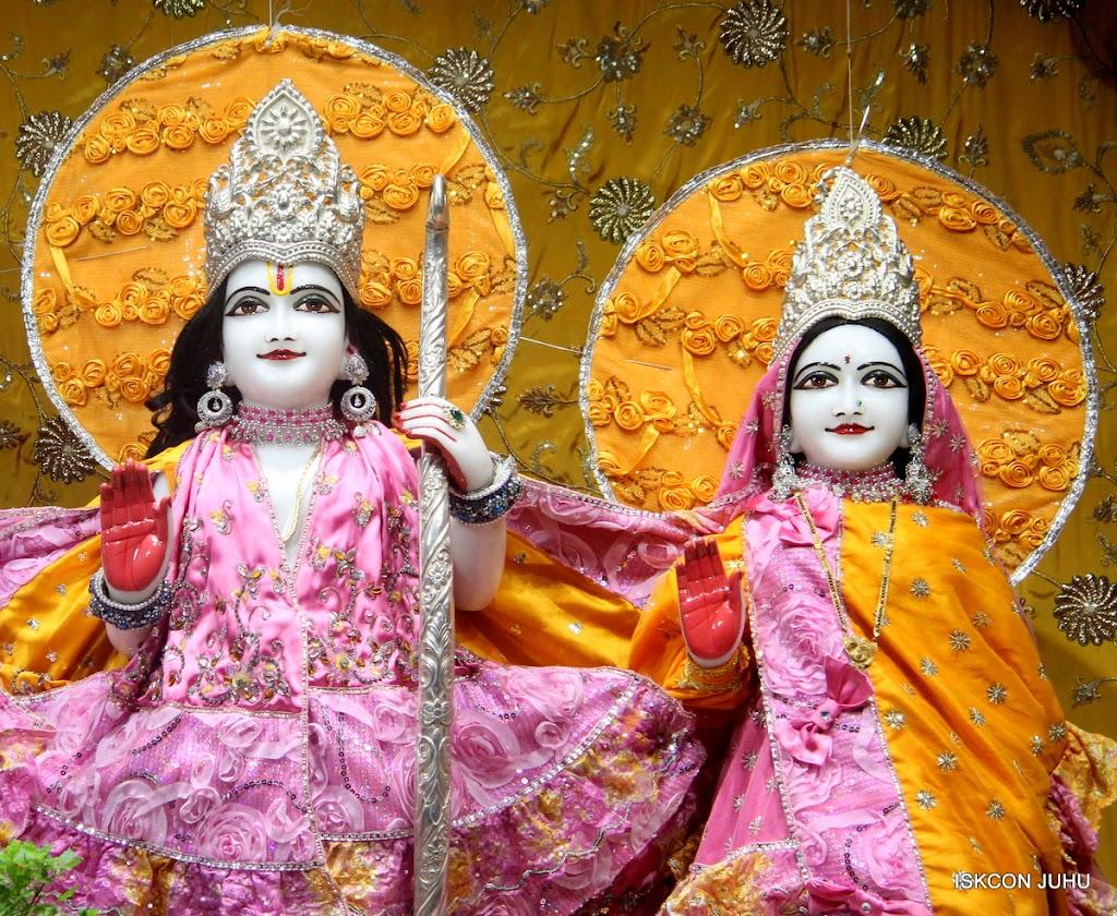 ISKCON Juhu Mangal Deity Darshan on 22nd July 2016 (13)