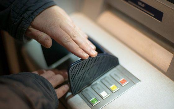 Akhirnya Cek Saldo dan Tarik Tunai Bank BUMN di ATM Link Tetap Gratis
