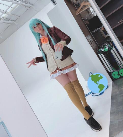 Cosplayer Jepang Mengungkapkan Cara Mengambil Selfie dengan Cermin yang Sempurna