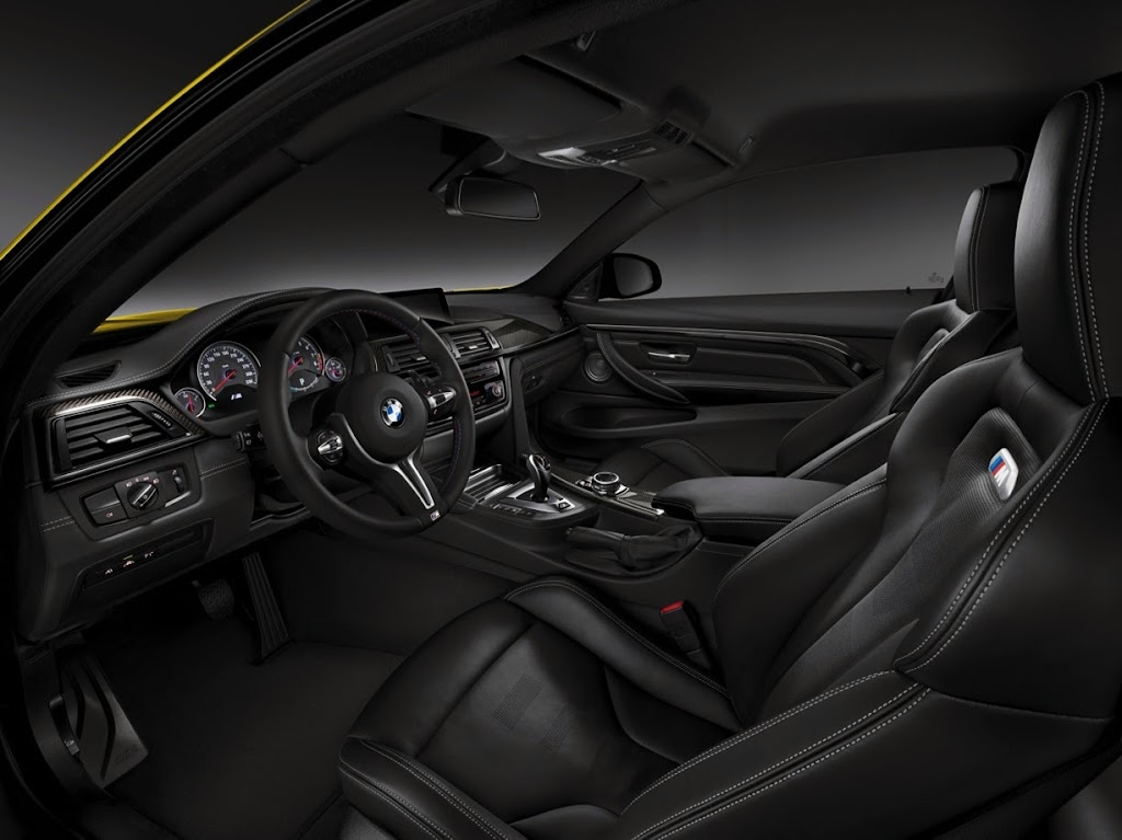 2015 BMW M4 Coupe 41
