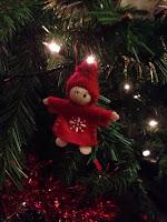 Christmas Tree decoration http://laura-honeybee.blogspot.com/2015/12/surviving-christmas-holidays.html
