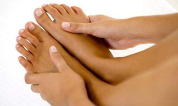 3 dicas caseiras para eliminar calos nos pés