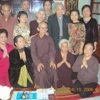 [DCQD-0511] Chuyến thăm phật tử cả nước 2006 - Hà nội (nhà bác Thức) (19/04/2006)