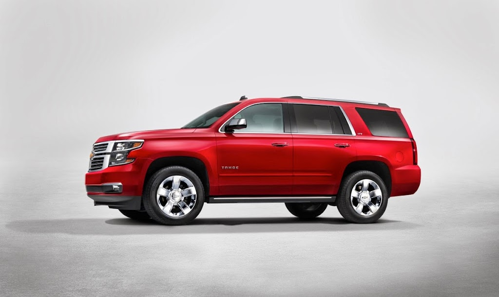 2015-Chevrolet-Tahoe-sideview-NewYorkreveal-002