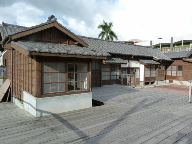 TAIWAN.Toucheng .musée du crabe situé au Pei Kan Resort, surfers,maison Japonaise du chef de gare - P1080898.JPG