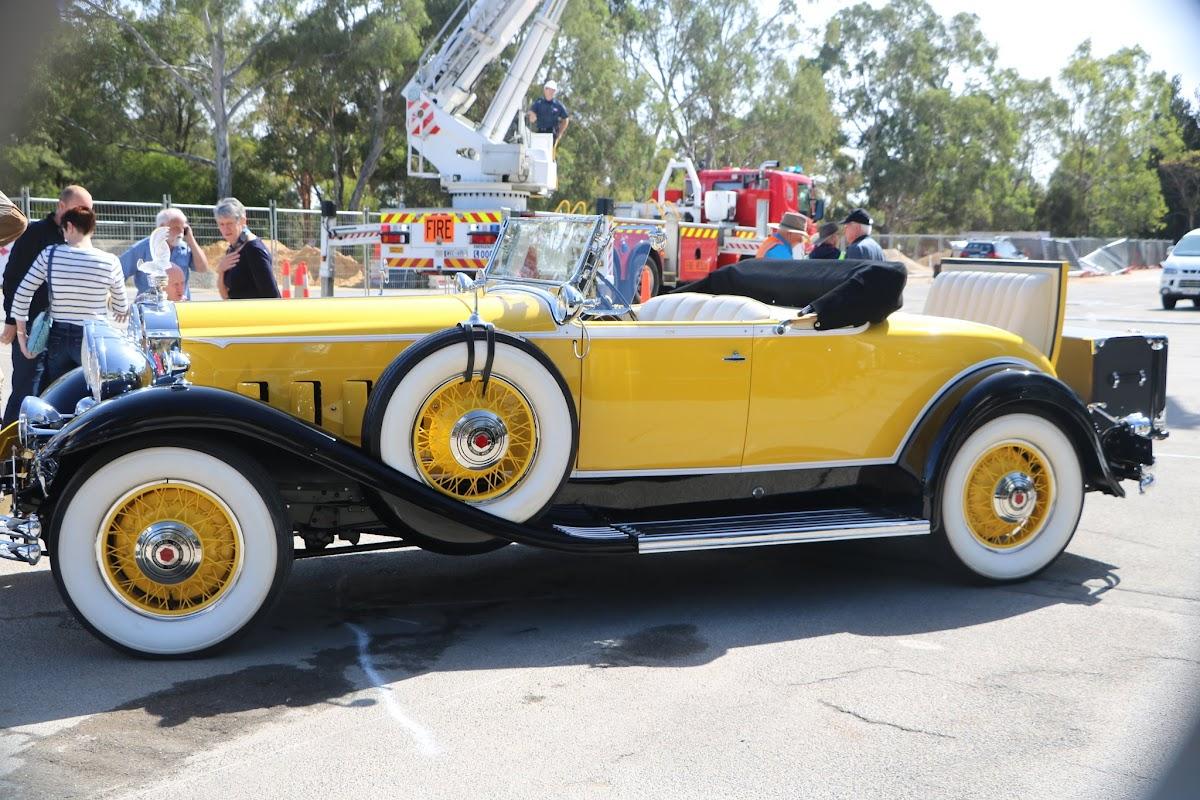 1931 Packard Super 8 Roadster 04.JPG