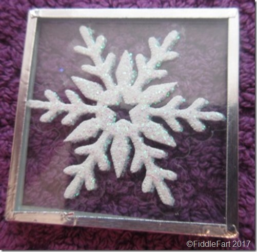 memory glass microscope slide snowflake tree decoration.