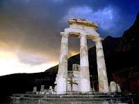 μαντεία και προφητείες,θόλος στο ναό προναίας Αθηνάς, Δελφοί,μαντείο Δελφών,oracles and prophecies Pronaia vault in the temple of Athena, Delphi, Delphi oracle.