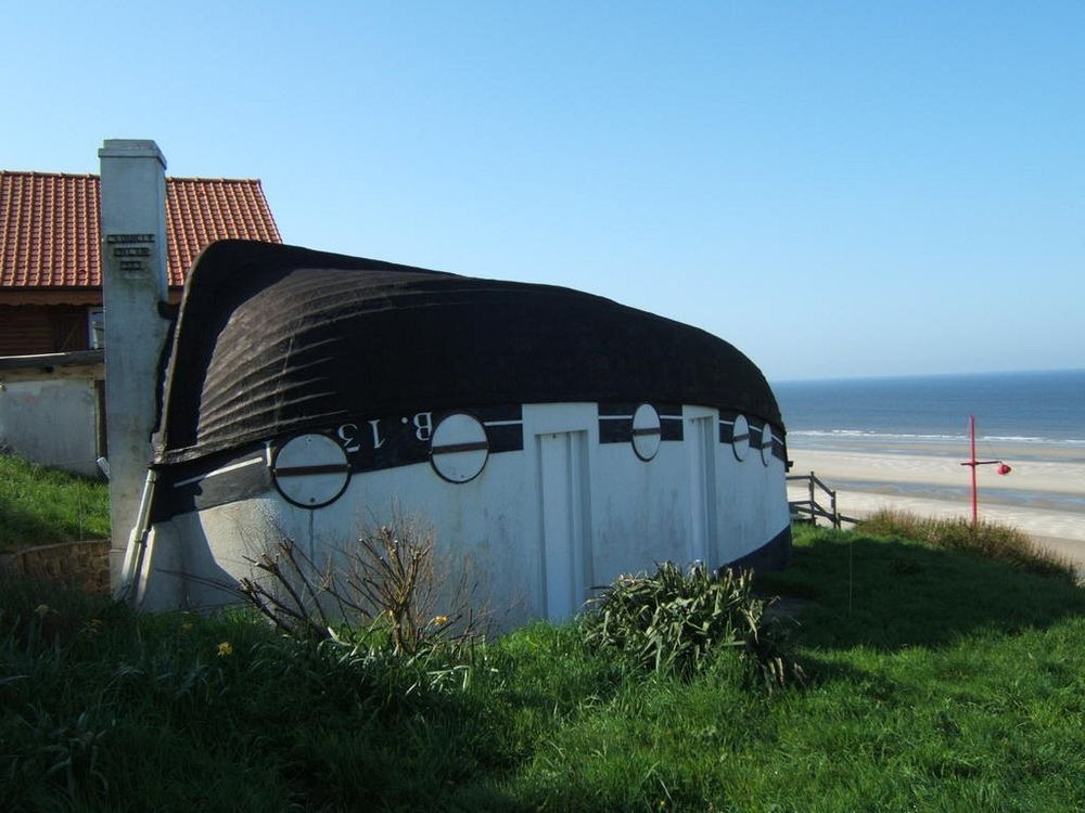equihen-plage-boat-house-1