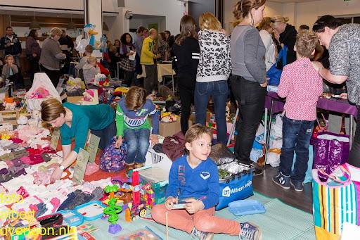 Kindermarkt - Schoenmaatjes Overloon 09-11-2014 (11).jpg