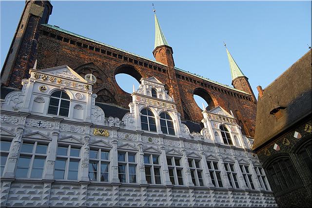 'Loggia' de estilo renacentista mirando a la Marktplatz - Lübeck