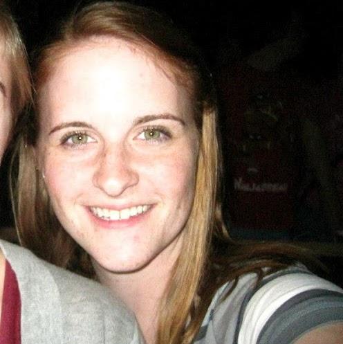 Katie Dickerson Photo 19