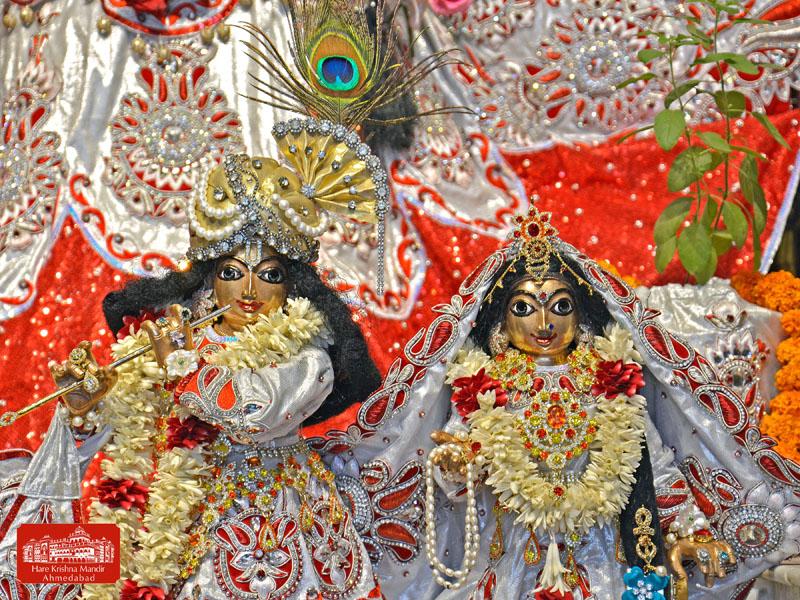 ISKCON Hare Krishna mandir Ahmedabad 10 Jan 2017 (6)