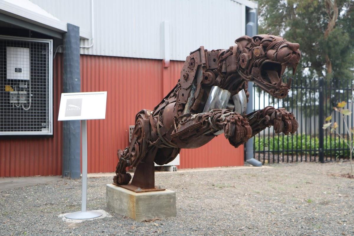 Carl_Lindner_Collection -  Entrance 03.jpg