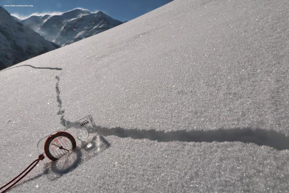 Avalanche Haute Maurienne, secteur Bessans, Le Mollard - Photo 1