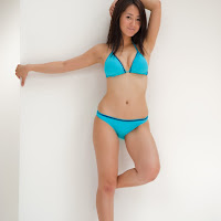 [BOMB.tv] 2009.11 The Miura Sisters 三浦家 三浦葵、三浦萌 pr039.jpg