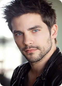 Brant_Daugherty