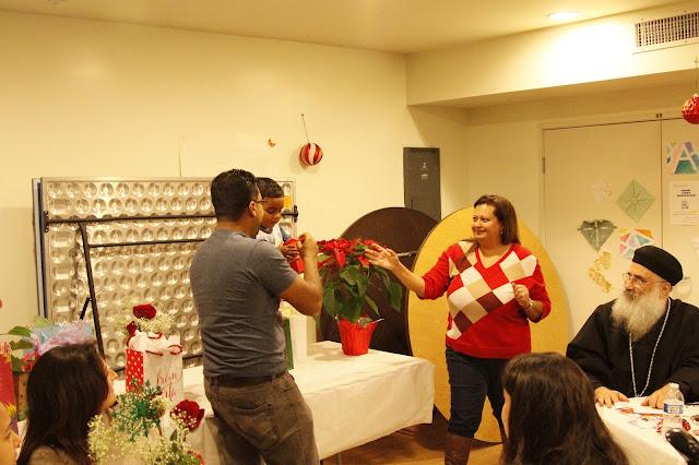 Servants Christmas Gift Exchange - _MG_0841.JPG