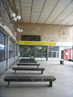 オシフィエンチム駅の待合