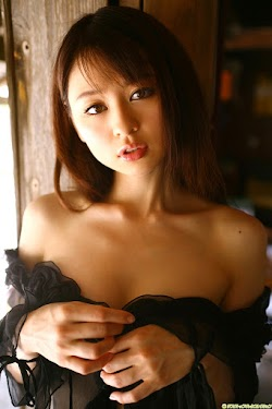 Amatsubo Haruna 雨坪春菜