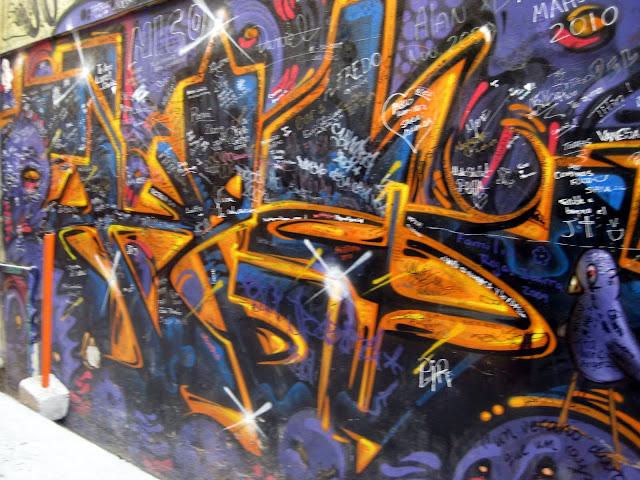 Valparaiso Grafitti - IMG_0957.JPG
