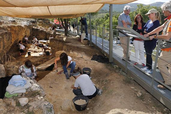 Nuevo parque arqueológico 'Valle de los Neandertales' en Pinilla del Valle