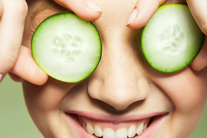 Tips & Tricks: This helps with puffy eyes