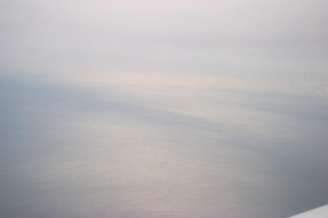 飛行機から、海