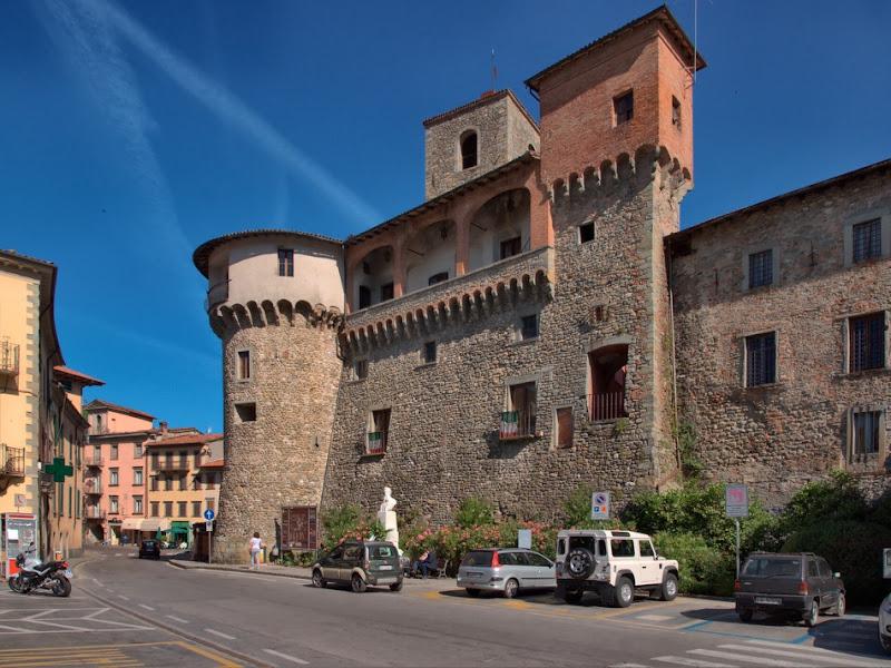 пути попался крошечный городок Carbonaia