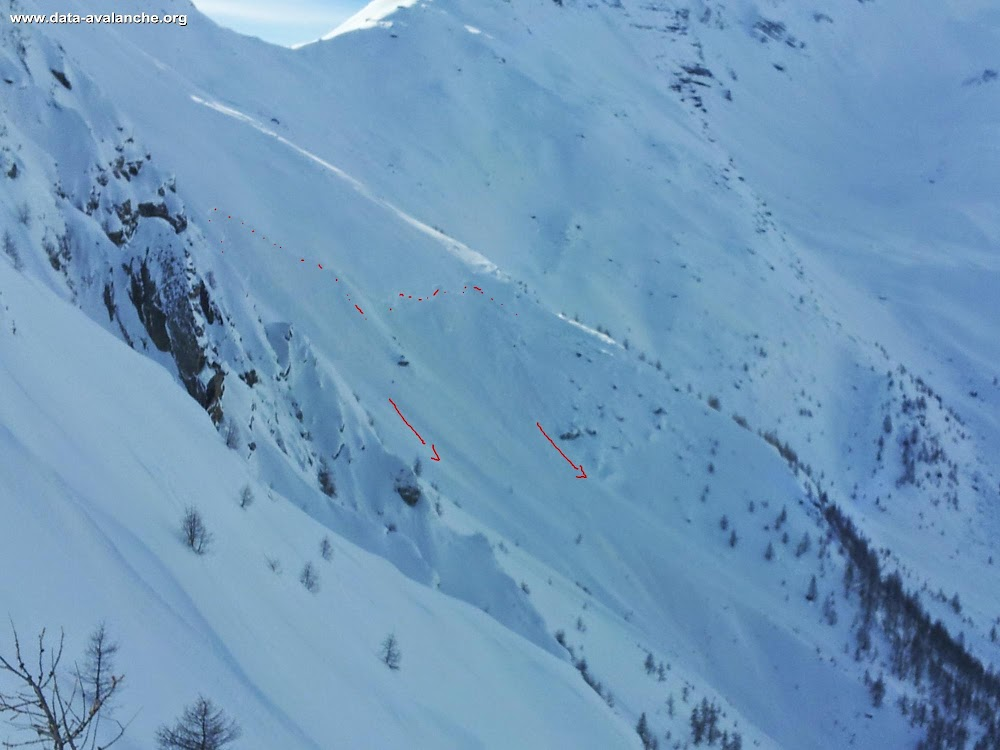 Avalanche Oisans, secteur Puy Saint Vincent, Col du Bal - Photo 1