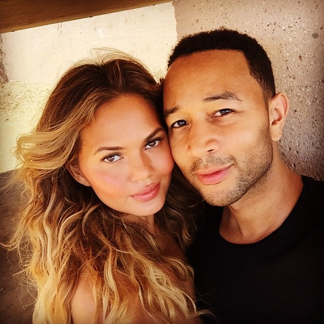 Chrissy Teigen Post A Nude Picture Of John Legend On Instagram