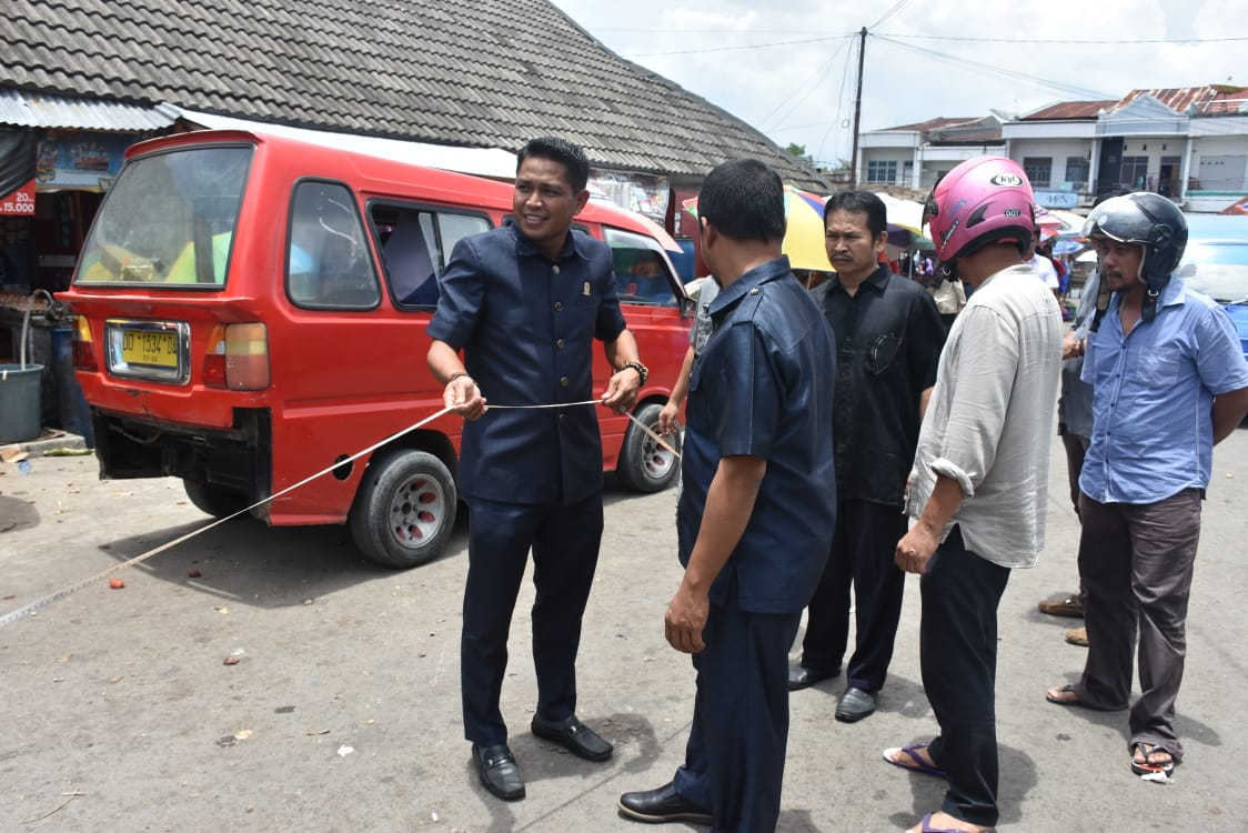 Pemkab dan DPRD Sinjai Sepakat Bangun Kios Darurat Untuk Pedagang