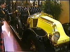 2000.02.19-020 Renault Coupé chauffeur 1913