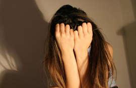 Garota gravou o próprio estupro enquanto a mãe dormia