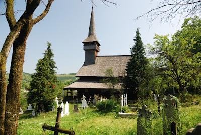 Holzkirche in Poienile Izei