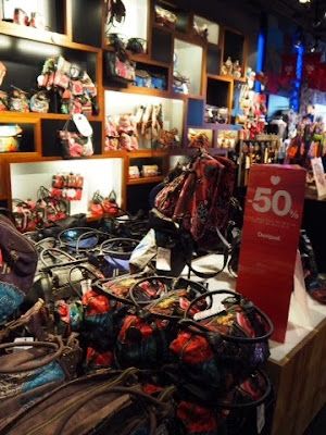 shopping, store, shop, berlin, desiqual, clothes, vaatteet, ostokset